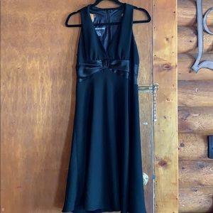 Sleeveless Jones Wear Dress size 8